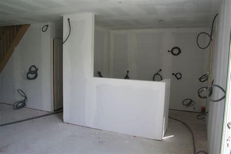 pose de plaque polystyrene au plafond 302 found