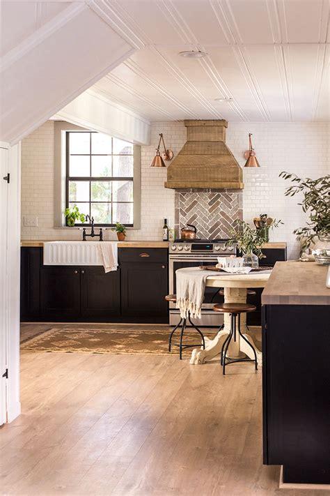 cottage kitchen furniture eclectic home tour sue design cottage elko