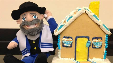 mench on the bench hanukkah mensch on a bench goes mainstream the times
