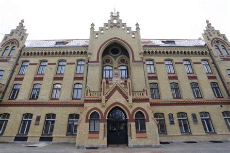 Darbu sāk jaunā Covid-19 nodaļa Rīgas 1. slimnīcā - Rīgā ...