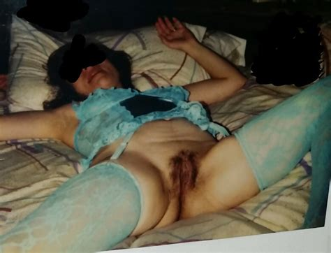 Polaroids Of Sexy Italian Wife From The 1980 S 3 25 Pics