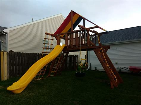 Rainbow Play Systems-home