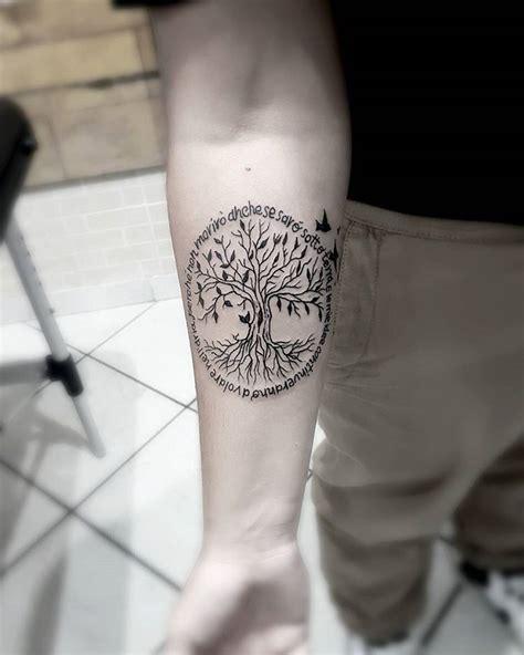 tatouage arbre  tatouage arbre de vie signification