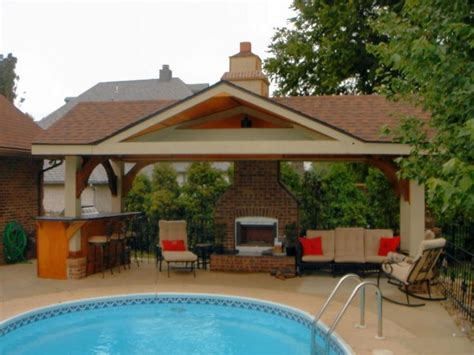Pool House Designs For Beautiful Pool Area