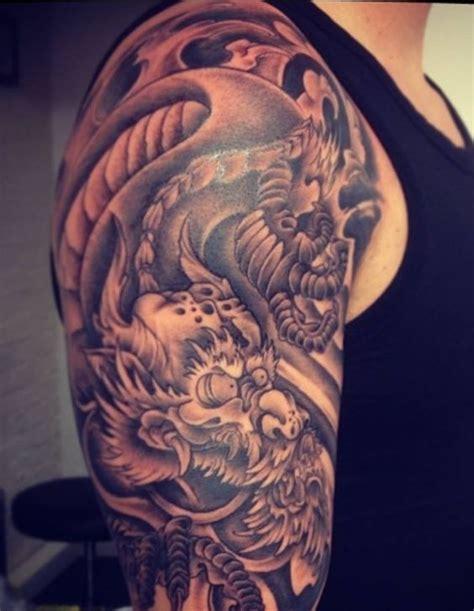 tattoo sleeve cover   mistameterz japanese style blackandgrey sleeve dragon tatoos