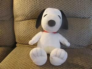 Kohls Cares For Kids Peanuts White Black Red Collar Beagle ...