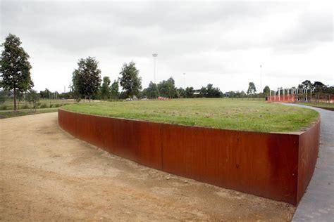 corten retaining wall corten steel retaining wall retaining wall pinterest retaining walls corten steel and fences