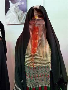 10 Best images about Traditional Clothing - Saudi Arabia ...