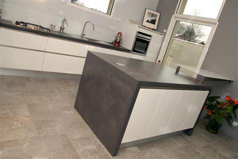 cuisine bois beton plan de travail cuisine béton serve