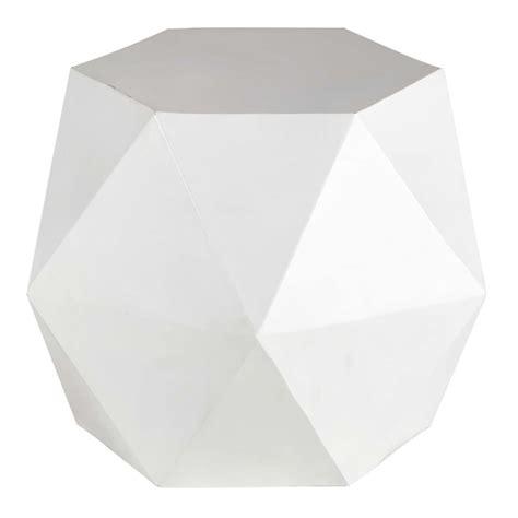 bout de canapé laqué blanc bout de canapé en métal blanc l 58 cm hexago maisons du