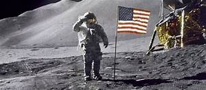 NASA Astronauts On Moon - Pics about space