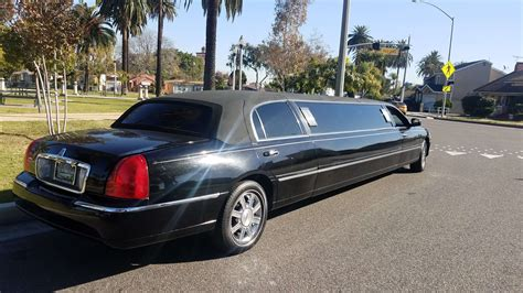 Town Car Limousine by Black 120 Inch Lincoln Town Car Limousine 10899