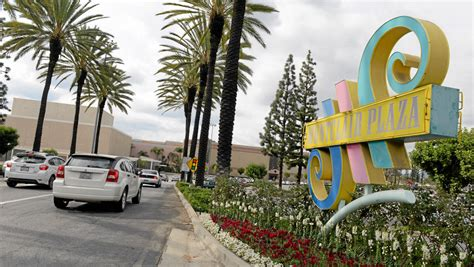 montclair plaza acquired  hollywood based cim group
