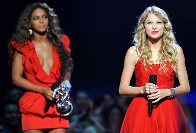 nwo-truthresearch: Gli 2009 MTV Music Awards 2009: Il Mega ...