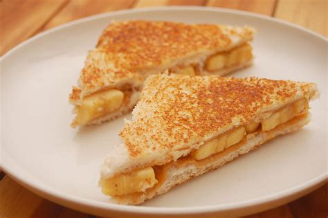 How To Make A Grilled Peanut Butter And Banana Sandwich 8 Steps