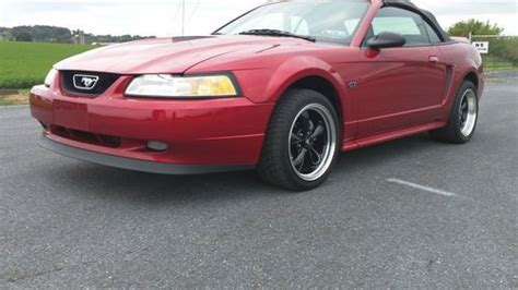 purchase   ford mustang gt convertible  door