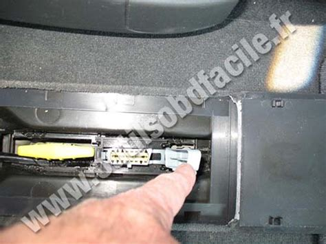 siege renault espace 4 obd2 connector location in renault espace iv 2002 2006