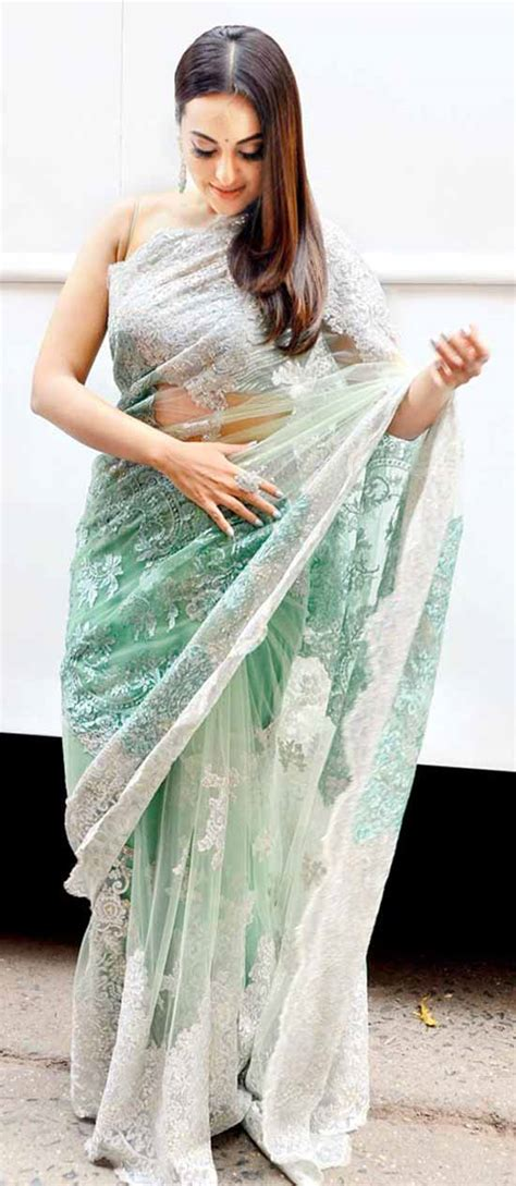 amazing pics  sonakshi sinha  saree