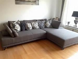 Eckcouch Mit Verstellbarer Sitztiefe : graue couch hause deko ideen ~ Bigdaddyawards.com Haus und Dekorationen