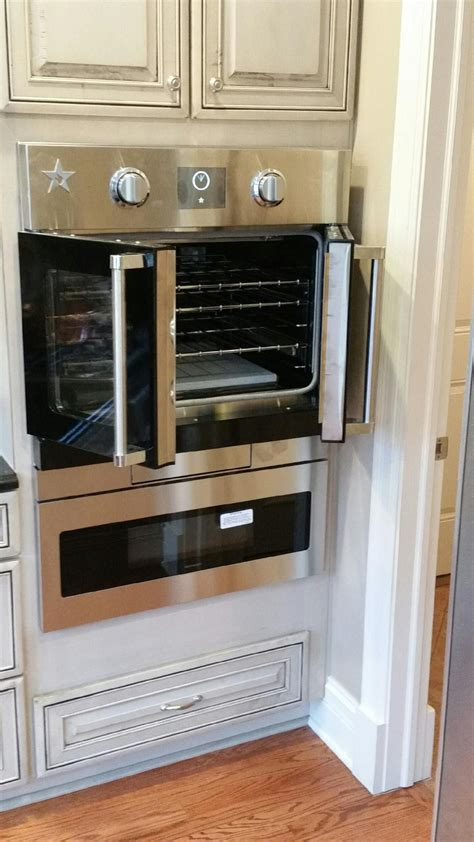 bluestar wall oven  french doors  provide easy access   wall oven