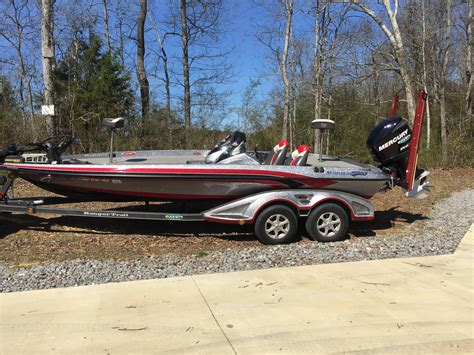 Bass Boat Vs Bay Boat by Bass Boats For Sale Buy Or Sell Your Bass Boat At
