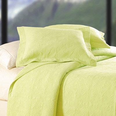 apple bedding 1000 images about solid color bedding on