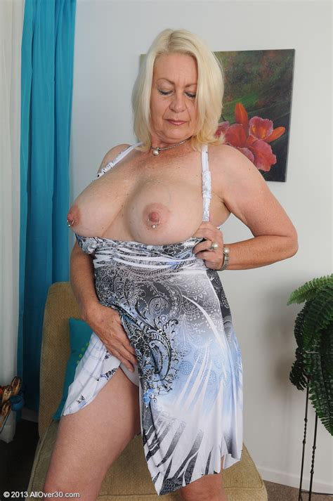 white haired miature angelique touches her pink mu milf fox