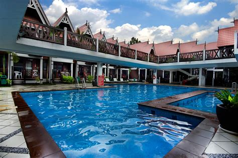 paya beach spa dive resort tioman go holiday malaysia