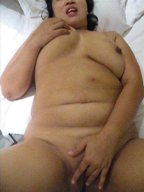 Mature Indonesian Amateur Masturbates Mature Porn Photo
