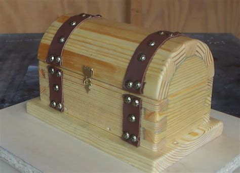 How To Make A Pirate Treasure Chest Youtube