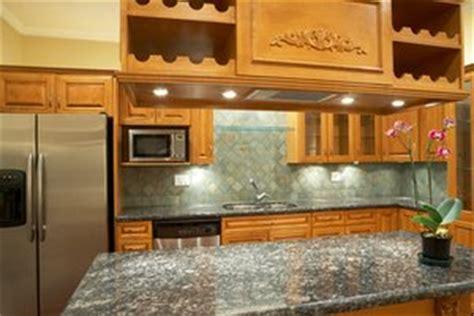 cupboard battery powered kitchen lighting cupboard kitchen lighting battery operated 9529