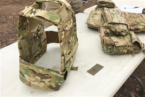 Army Eyes Narrower Body Armor To Shave Off Weight