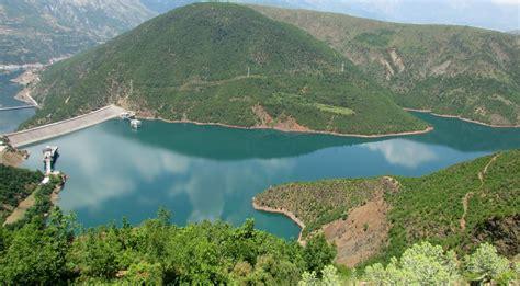 Liqeni i Fierzës, zonë bashkëmenaxhuese peshkimi - Konica.al