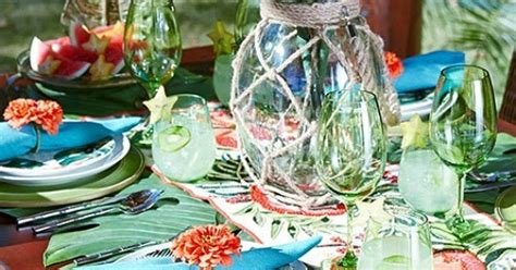 turn  table   tropical paradise  green palm