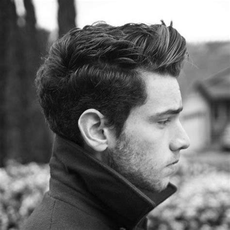27 best hairstyles for men with thick hair medium style