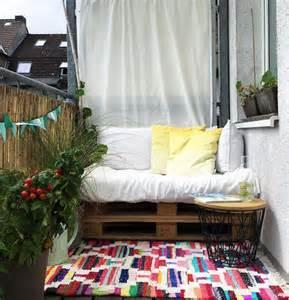 sichtschutz bambus balkon kleinen balkon gestalten