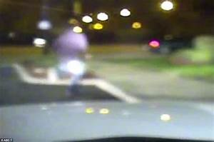 Dashcam video shows Jason Van Dyke chasing Laquan McDonald ...