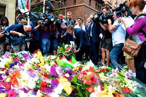 cafe coton siege social local politicians reactions to the sydney cafe siege on