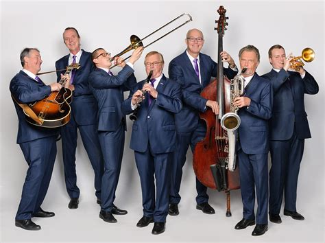 The Swing Band by Swing College Band