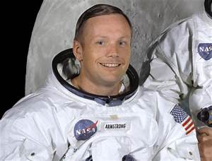 Top 5 famous male astronauts - Moon Phases
