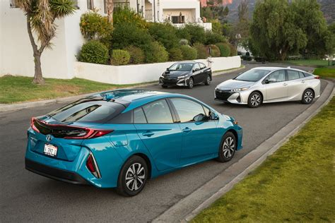 toyota prius prime deals prices incentives leases