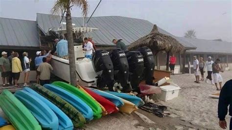 Boat Grill Restaurant by Boater Cited For Reckless Operation After Ruskin