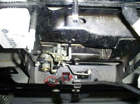 connecteur  pin pour branchement switch serrure du coffre