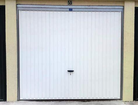 porte de garage novoferm serrure porte de garage basculante novoferm palzon