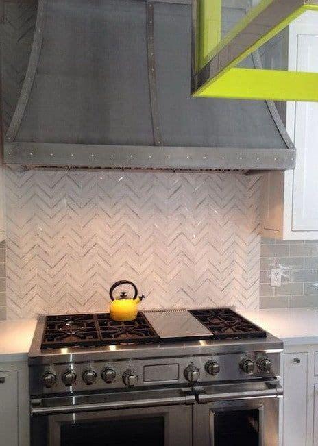 different kitchen cabinets 16 best kitchen vent images on range 3323