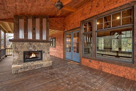 mountain rustic plan  square feet  bedrooms  bathrooms