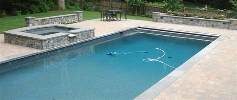 How To Pick A Cleaning System For Your New Pool