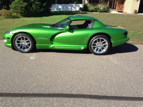 buy   dodge viper rt  camaro green  srt rims
