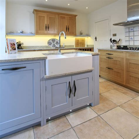 Inframe Oak & Painted Shaker Kitchen In Parma Grey