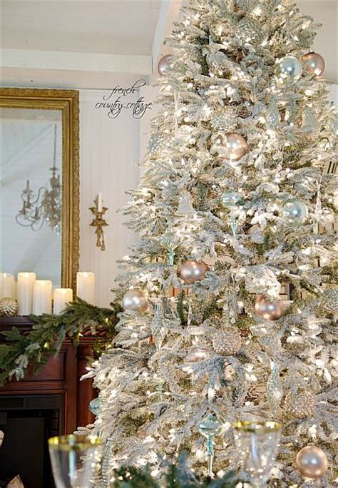 Flocking Christmas Tree At Home by 17 Best Ideas About Silver Christmas Tree On Pinterest